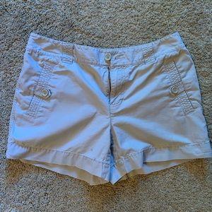 Liz Wear Khaki Shorts